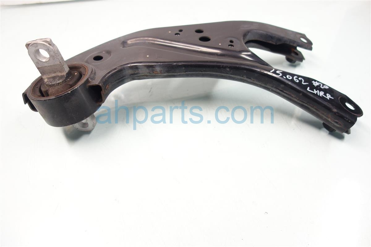 2010 Lexus Rx350 Rear driver LOWER CONTROL ARM 487800E060 Replacement