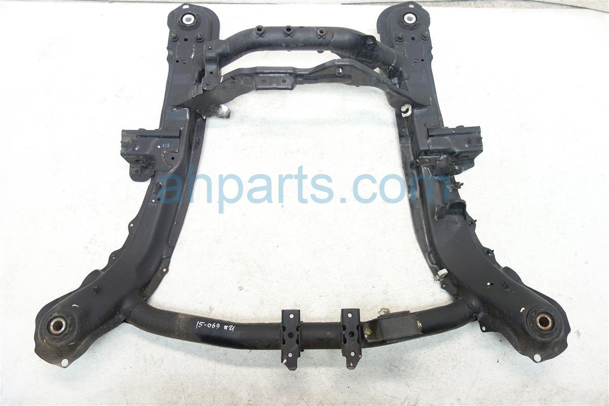 2007 Acura MDX Crossmember FRONT SUB FRAME CRADLE BEAM 50200 STX A02 50200STXA02 Replacement