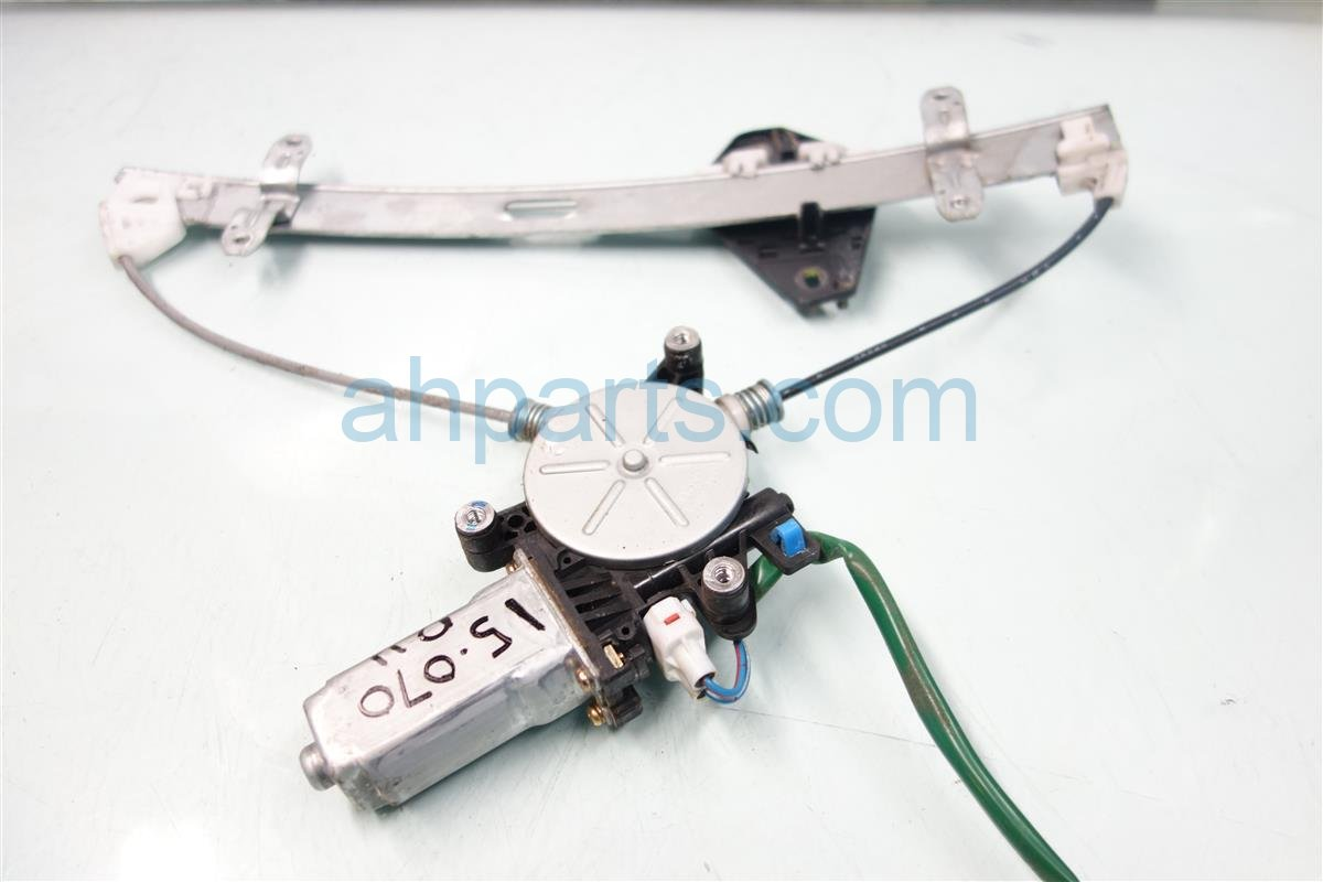 2004 Acura RSX Front Passenger WINDOW REGULATOR MOTOR 72210 S6M A02 72210S6MA02 Replacement