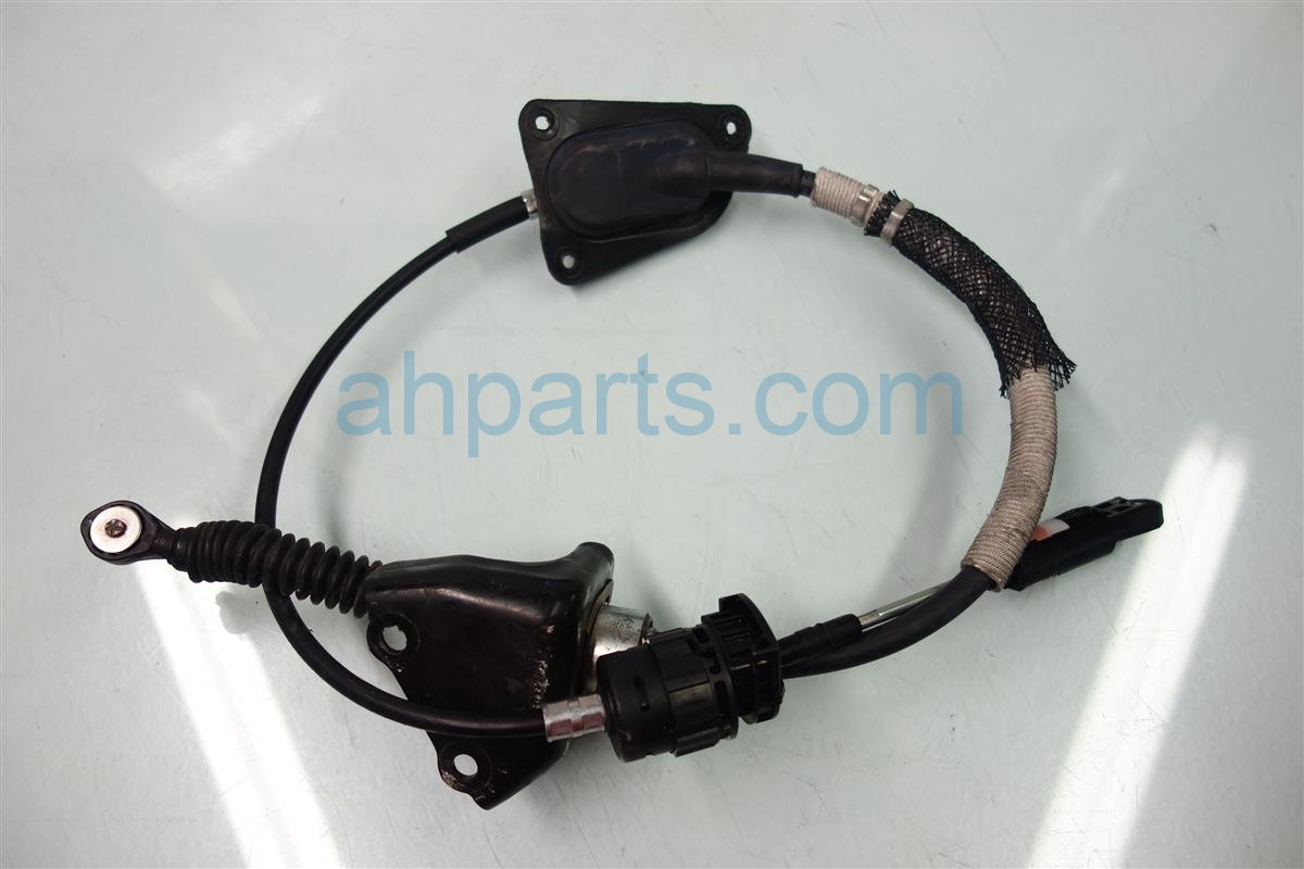 2010 Lexus Rx350 SHIFTER CABLE 33820 0E020 338200E020 Replacement