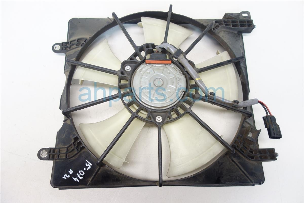 2011 Honda Accord Cooling RADIATOR FAN ASSEMBLY 19015 R40 A02 19015R40A02 Replacement