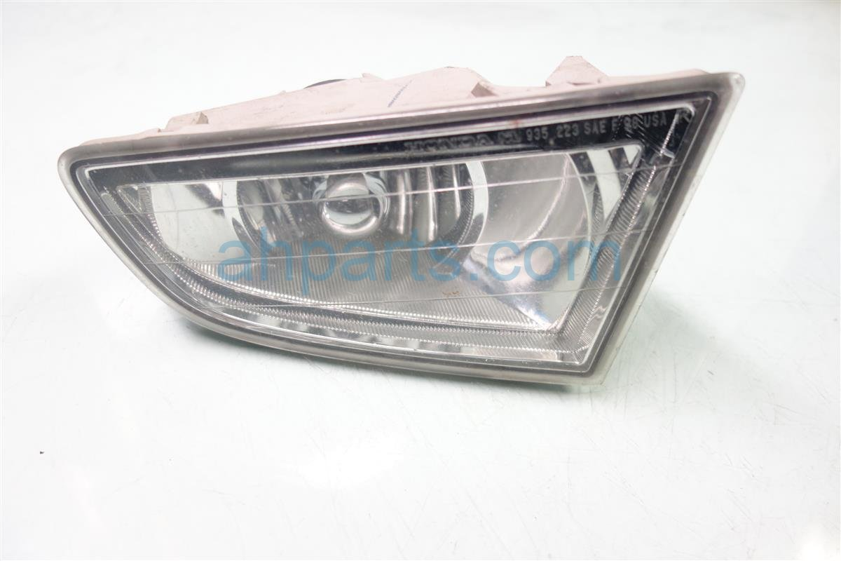 2002 Acura MDX Passenger FOG LIGHT HAS PITS 33901 S3V A01 33901S3VA01 Replacement