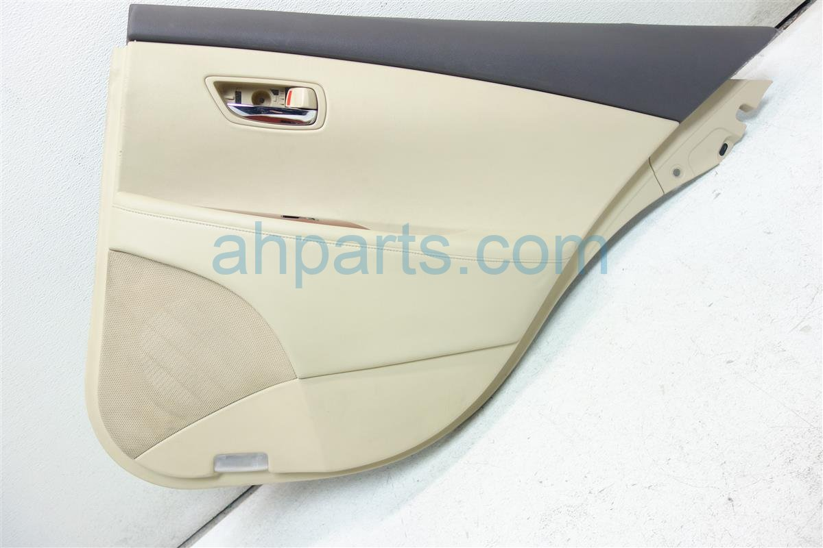 2007 Lexus Es 350 Trim liner Rear passenger DOOR PANEL TAN SCRATCHES 67674 33110 6767433110 Replacement