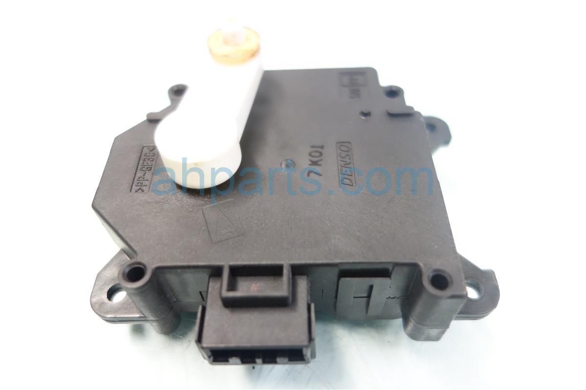 2008 Honda Civic Heater Core FRESH RECIRCULATING MOTOR 79350 SNA 79350SNA Replacement