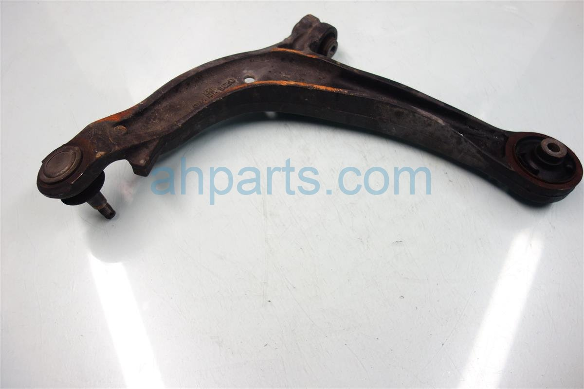2011 Honda Odyssey Front passenger LOWER CONTROL ARM check Replacement