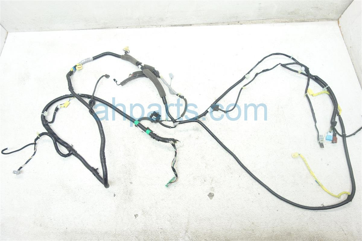 2007 Honda Pilot RIGHT SIDE HARNESS 32107 S9V A20 32107S9VA20 Replacement