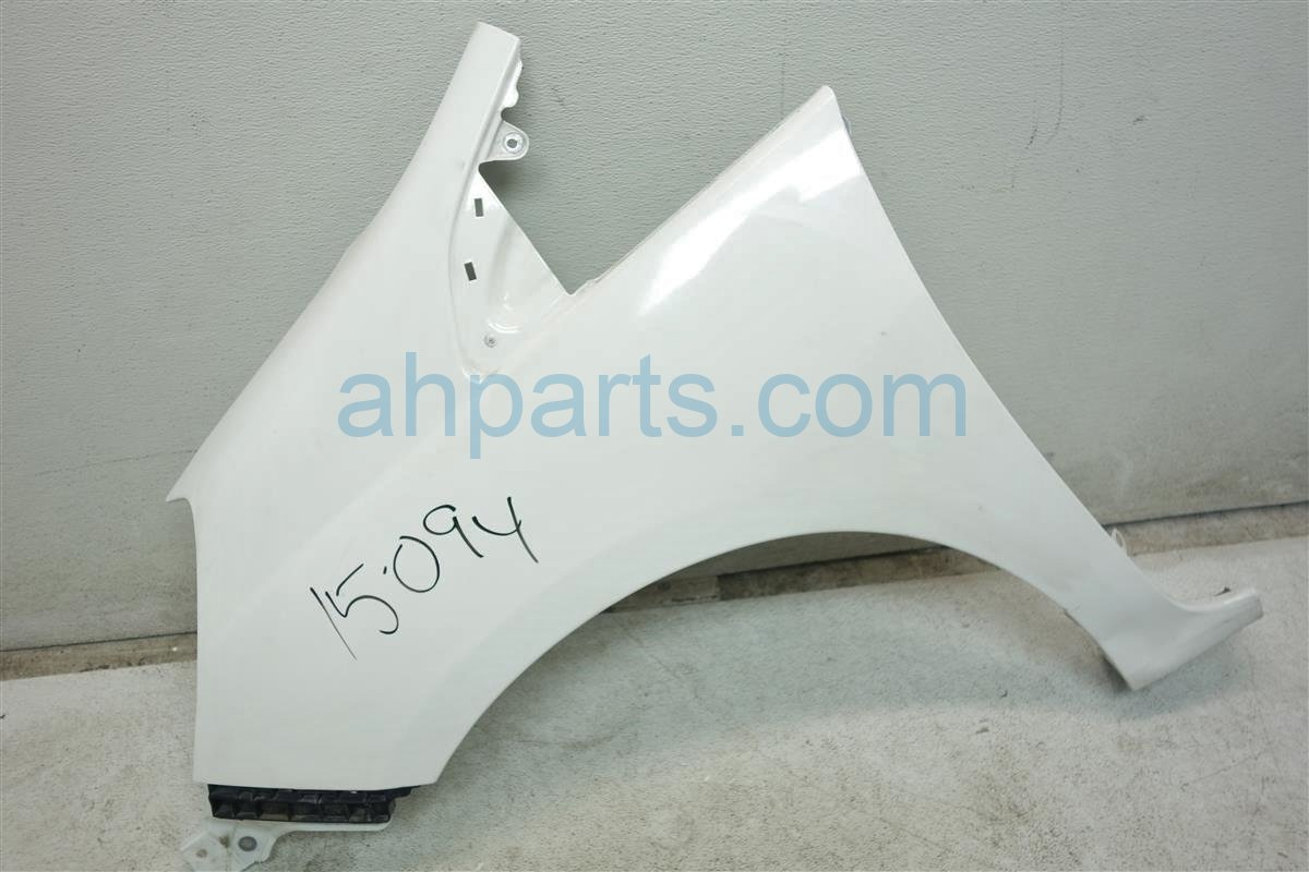 2010 Honda FIT Front Driver FENDER WHITE AFTERMARKET Replacement