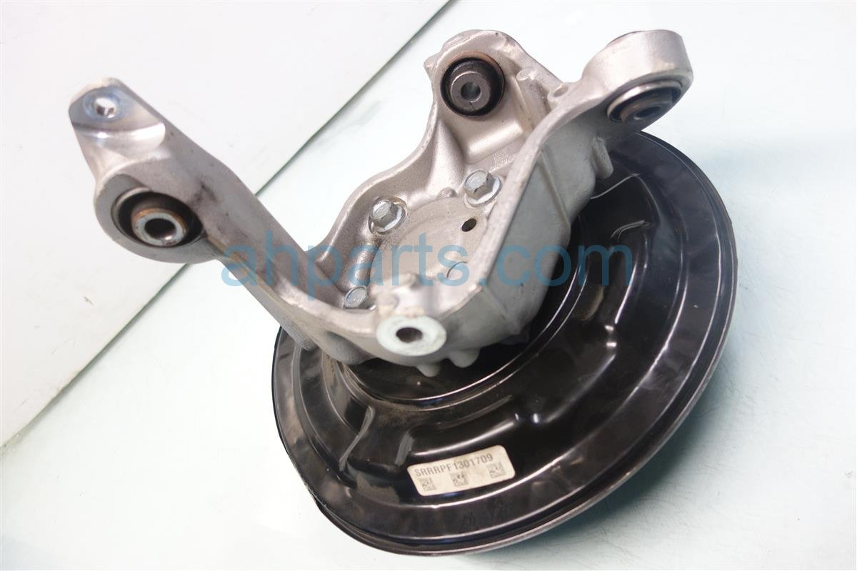 2015 Acura TLX Axle stub Rear passenger SPINDLE KNUCKLE 52210 TZ3 A10 52210TZ3A10 Replacement