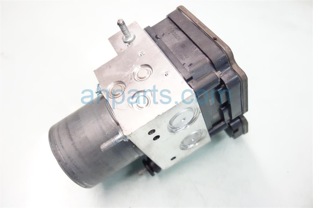 2015 Acura TLX anti lock brake ABS VSA PUMP MODULATOR 57111 TZ3 A11 57111TZ3A11 Replacement